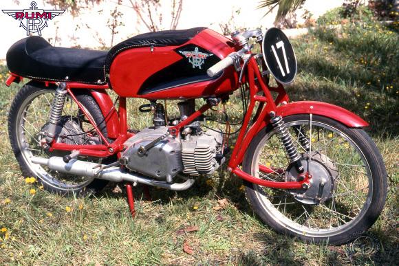 Rumi Junior motocyclette motorrad motorcycle vintage classic classique scooter roller moto scooter