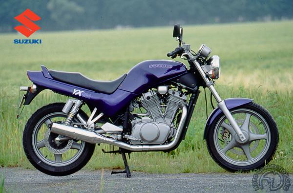 Suzuki VX motocyclette motorrad motorcycle vintage classic classique scooter roller moto scooter