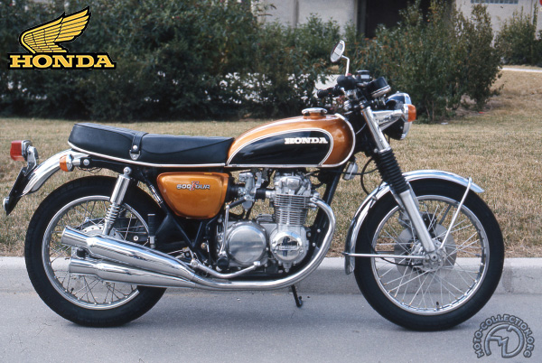 Honda CB Four motocyclette motorrad motorcycle vintage classic classique scooter roller moto scooter