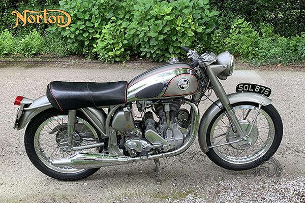 Norton Model 40 Inter  motocyclette motorrad motorcycle vintage classic classique scooter roller moto scooter
