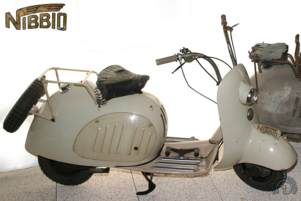 Gianca Nibbio motocyclette motorrad motorcycle vintage classic classique scooter roller moto scooter