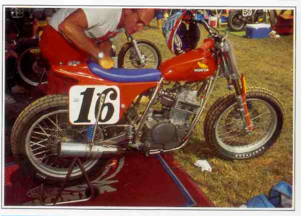 Honda XR Dirt motocyclette motorrad motorcycle vintage classic classique scooter roller moto scooter