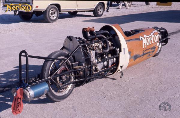 Norton Cigare des records motocyclette motorrad motorcycle vintage classic classique scooter roller moto scooter