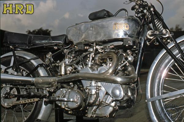 Vincent HRD Ginger Wood motocyclette motorrad motorcycle vintage classic classique scooter roller moto scooter
