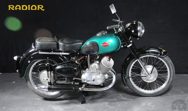 Gilera VTe Ottobulone  motocyclette motorrad motorcycle vintage classic classique scooter roller moto scooter