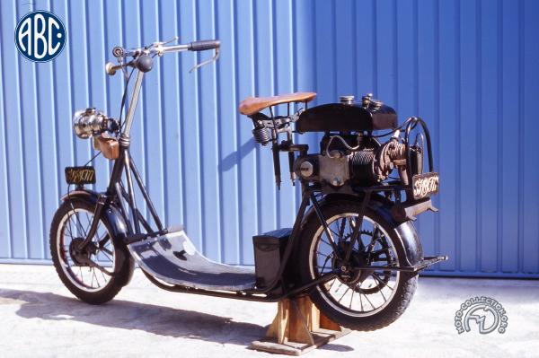 Skootamota  motocyclette motorrad motorcycle vintage classic classique scooter roller moto scooter