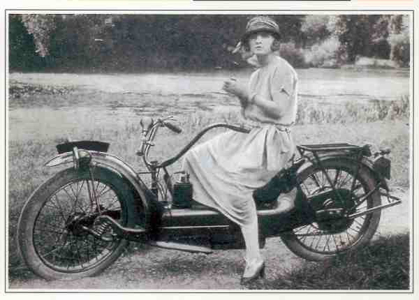 Ner a car type A motocyclette motorrad motorcycle vintage classic classique scooter roller moto scooter