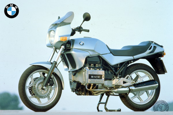 BMW K 75  C motocyclette motorrad motorcycle vintage classic classique scooter roller moto scooter
