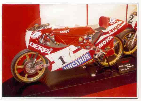 Derbi Grand Prix motocyclette motorrad motorcycle vintage classic classique scooter roller moto scooter