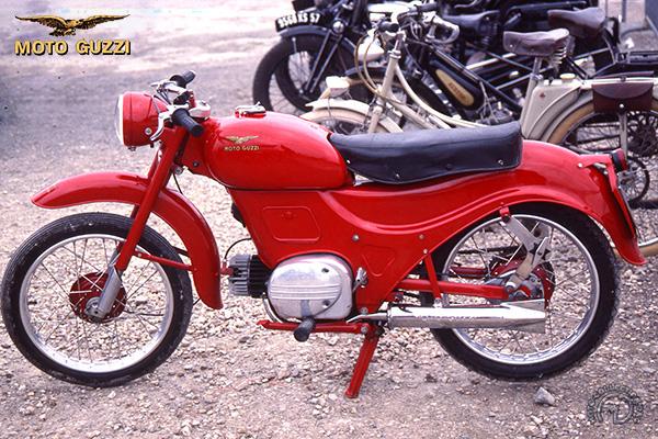 Moto Guzzi Zigolo Lusso motocyclette motorrad motorcycle vintage classic classique scooter roller moto scooter
