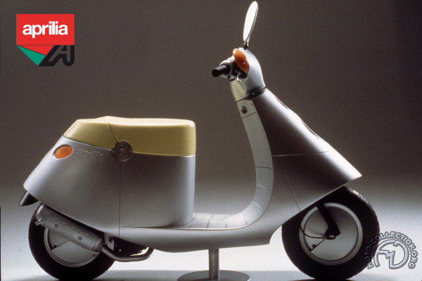 Aprilia Lama : Prototype de Philippe Stark motocyclette motorrad motorcycle vintage classic classique scooter roller moto scooter