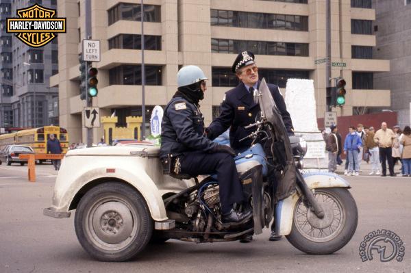 Harley Davidson GE Servicar - Police Chicago motocyclette motorrad motorcycle vintage classic classique scooter roller moto scooter