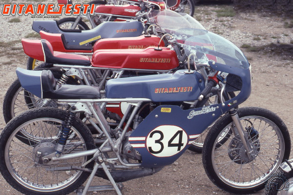 Gitane Testi Grand Prix motocyclette motorrad motorcycle vintage classic classique scooter roller moto scooter