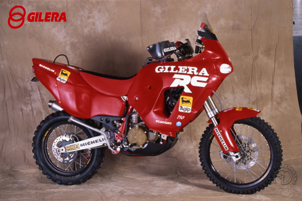 Gilera RC - R motocyclette motorrad motorcycle vintage classic classique scooter roller moto scooter