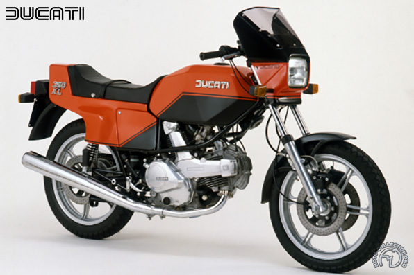 Ducati XL desmo motocyclette motorrad motorcycle vintage classic classique scooter roller moto scooter