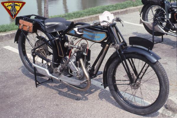 Monet Goyon MC motocyclette motorrad motorcycle vintage classic classique scooter roller moto scooter