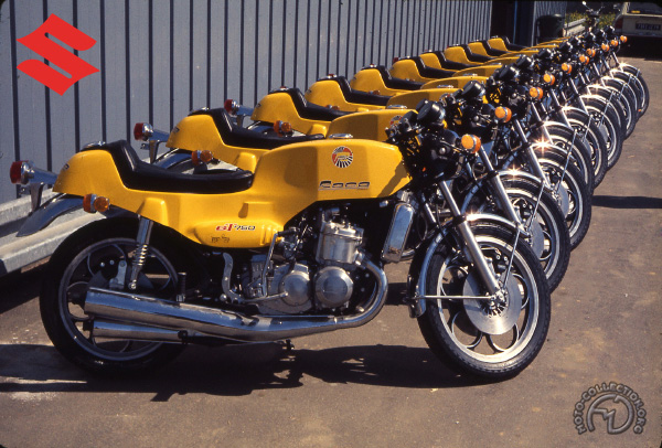 Suzuki GT spéciale Roca motocyclette motorrad motorcycle vintage classic classique scooter roller moto scooter