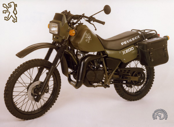 Peugeot X Army motocyclette motorrad motorcycle vintage classic classique scooter roller moto scooter