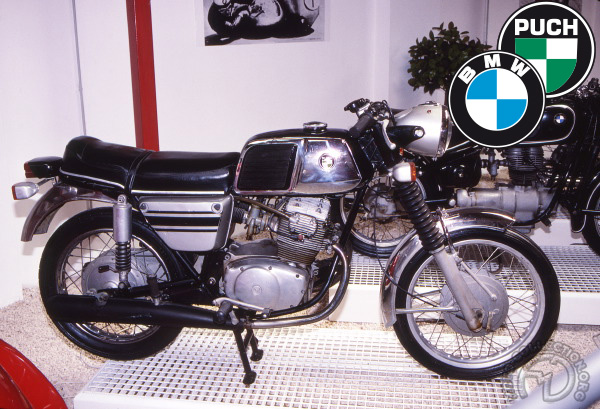 BMW - Puch typ 235 motocyclette motorrad motorcycle vintage classic classique scooter roller moto scooter