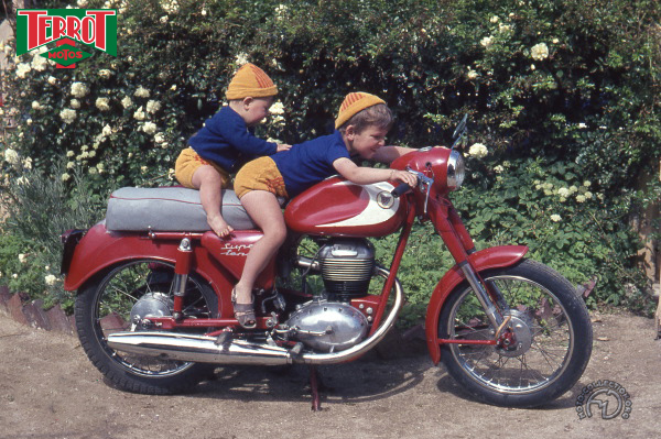 Terrot AT Super Ténor  motocyclette motorrad motorcycle vintage classic classique scooter roller moto scooter
