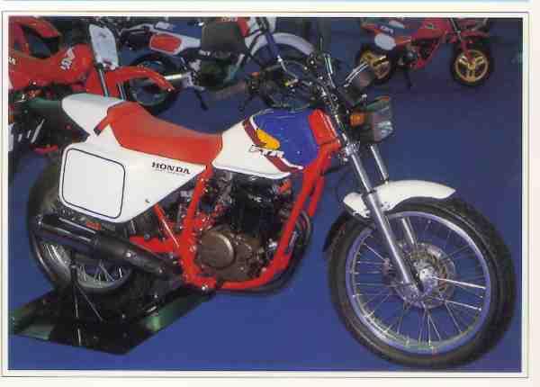 Honda FTR motocyclette motorrad motorcycle vintage classic classique scooter roller moto scooter