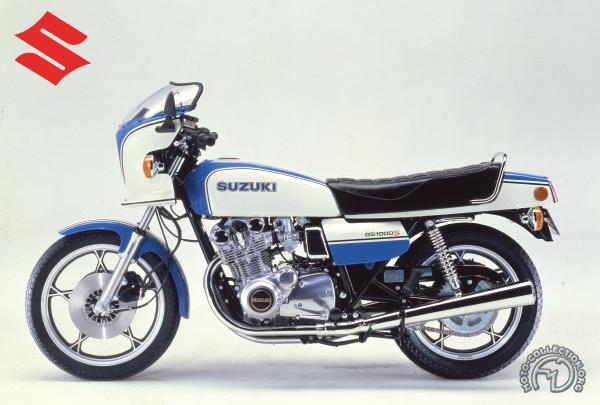 Suzuki GS S motocyclette motorrad motorcycle vintage classic classique scooter roller moto scooter