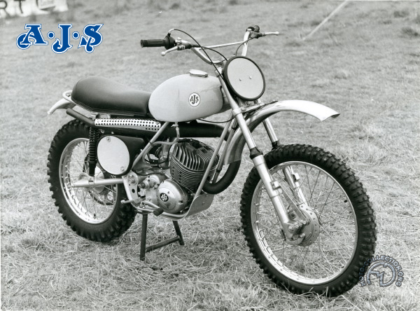 AJS F.B. trials motocyclette motorrad motorcycle vintage classic classique scooter roller moto scooter