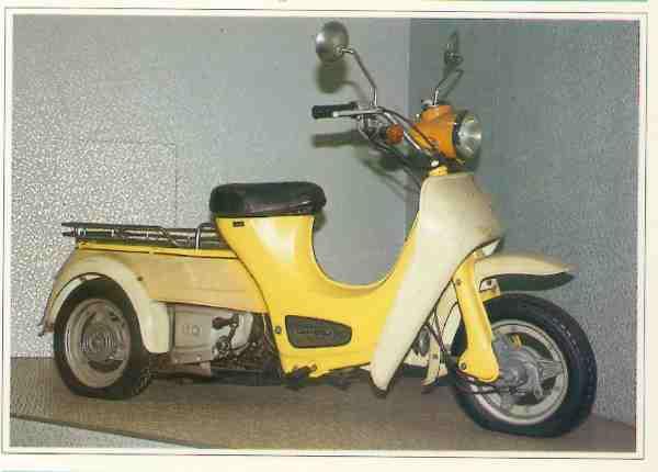Daihatsu Dai Hallo B10 motocyclette motorrad motorcycle vintage classic classique scooter roller moto scooter