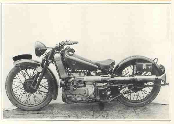 Scott Triple prototype motocyclette motorrad motorcycle vintage classic classique scooter roller moto scooter