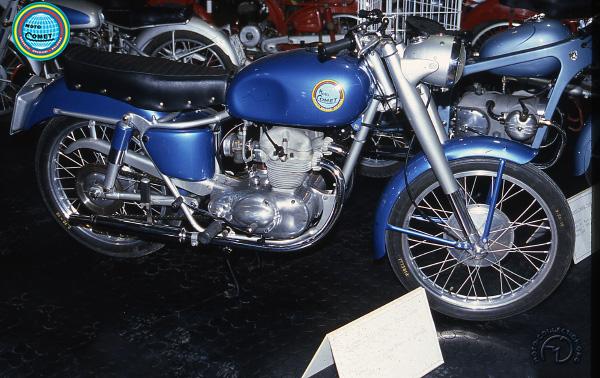 Comet (BDB)  motocyclette motorrad motorcycle vintage classic classique scooter roller moto scooter