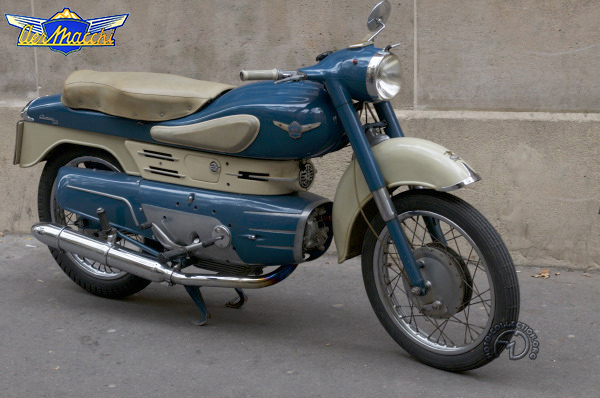 Aermacchi Chimera motocyclette motorrad motorcycle vintage classic classique scooter roller moto scooter