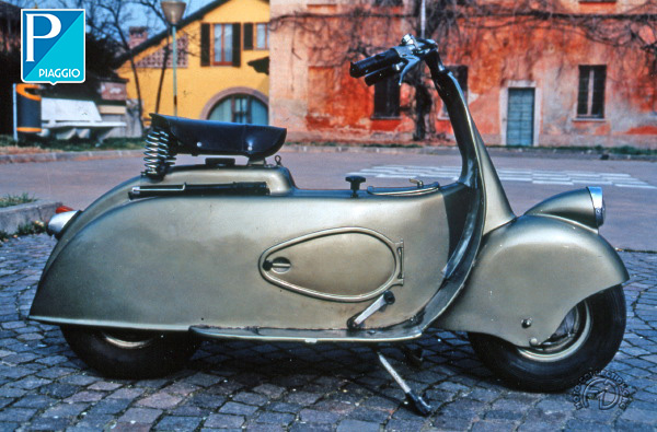 Vespa (Piaggio) MP 5 Paperino motocyclette motorrad motorcycle vintage classic classique scooter roller moto scooter