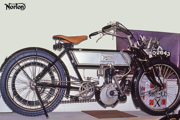 Norton moteur Peugeot motocyclette motorrad motorcycle vintage classic classique scooter roller moto scooter