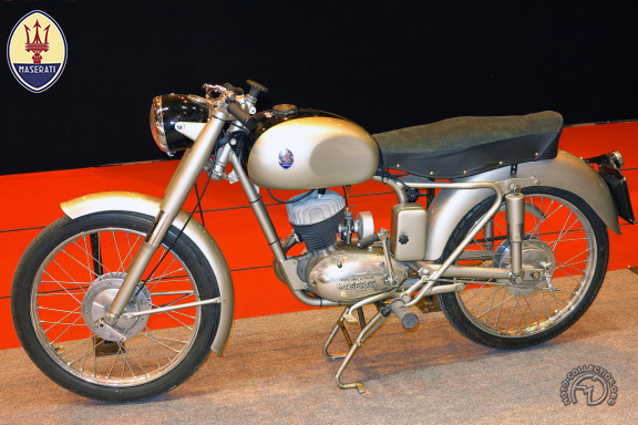Maserati T2 & T2 L motocyclette motorrad motorcycle vintage classic classique scooter roller moto scooter